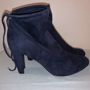 Women's Unisa Unressie Blue Bootie Size 11
